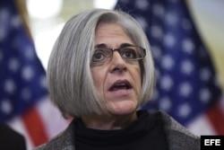 Judy Gross, la mujer de Alan Gross, en conferencia de prensa en el Congreso de EE UU.