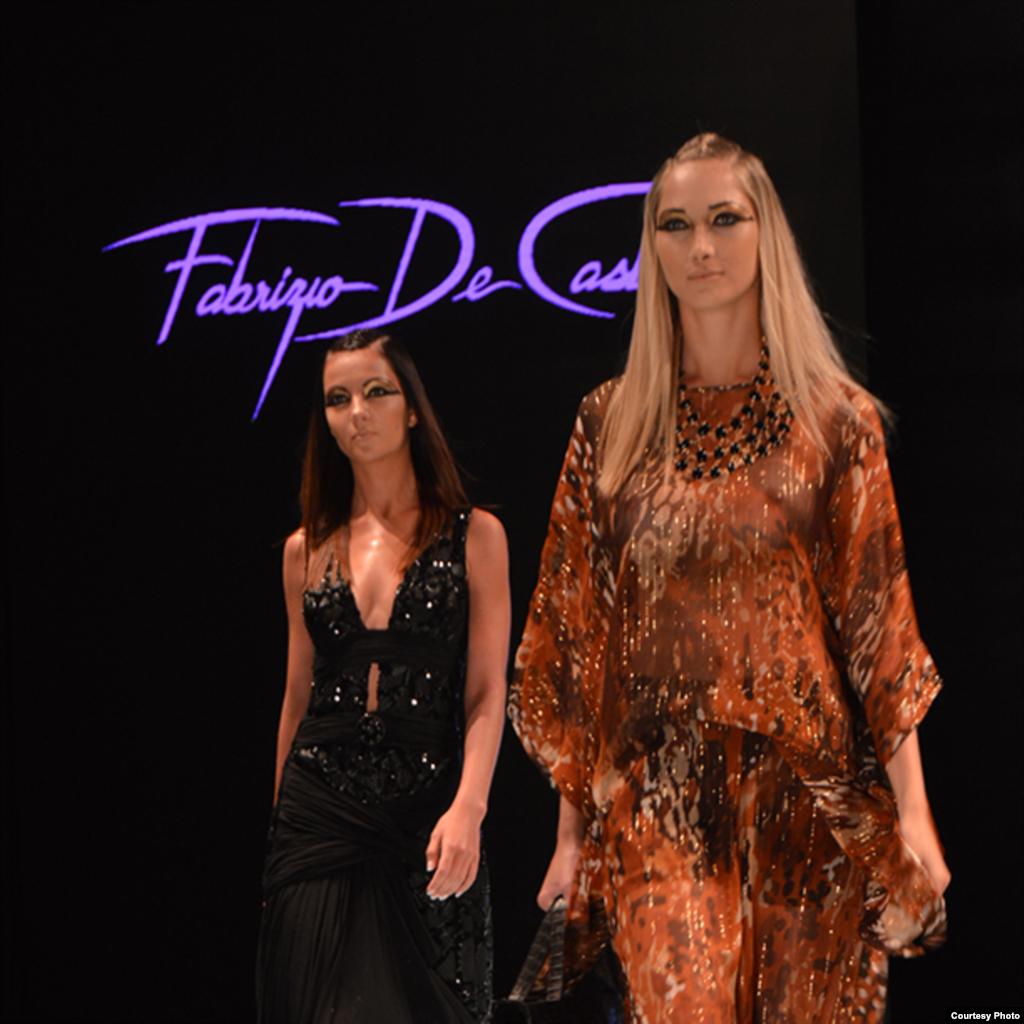 Vestido de Fabrizio De Castro, uno de los más importante diseñadores colombianos, cuyo trabajo ha posicionado a Barranquilla como la capital de la moda en Colombia.