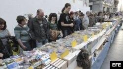 Venta de libros en el Día Internacional del Libro