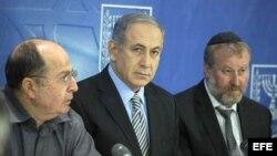 El primer ministro de Israel, Benjamin Netanyahu se reúne con el gabinete