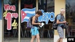 Los estadounidenses solo pueden viajar a Cuba dentro de 12 categorías especiales autorizadas por la Administración Obama.