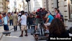 Filmación en La Habana Vieja. (Foto: CIN)