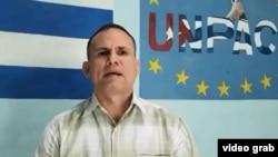 Impiden viajar a Miami al opositor José Daniel Ferrer