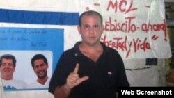 Decomisan copias del Proyecto Heredia a activista del MCL