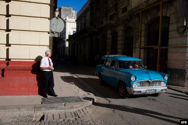 La Habana Vieja pierde el bullicio habitual de los turistas en medio del funeral de Fidel Castro.