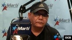 El actor cubano Néstor Jiménez en Las Noticias como Son