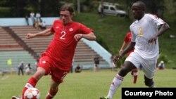 """En junio, Cuba y Canadá disputaron un partido clasificatorio en el """"Pedro Marrero"""" de La Habana. En Toronto, Cuba se quedó con 10 hombres y sin banco."""