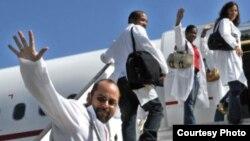 Con la exportación de más de 25.000 doctores más de un tercio de los médicos cubanos.