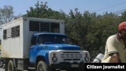 Reporta Cuba. Transporte en Guantánamo. Foto: Abel López.