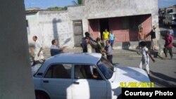 Policia arresta a opositores en Cuba