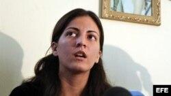"""Lo que ocurre a Rosa María Payá fue calificado de """"lamentable"""" incluso por la secretaria de las Juventudes Comunistas chilenas."""