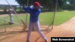 Yasmani Tomás, sesión de práctica en República Dominicana.