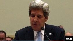 Se reúnen en Guatemala John Kerry y Elías Jaua