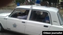 Reporta Cuba. Auto de la Policía Nacional Revolucionaria (PNR).