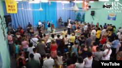 Iglesias protestantes celebran culto en La Habana