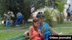 "Reporta Cuba. La llegada de ""madame Wi-Fi"" al Ariguanabo."