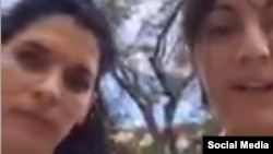 De izq. a der, Sayli Navarro y Rosa María Payá.