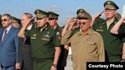 El ministro de Defensa de Rusia, Serguei Shoigu visita Cuba