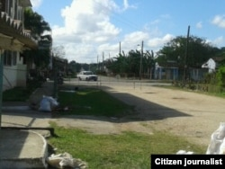 Vigilancia policial impide la llegada de personas a la casa donde reside Antúnez