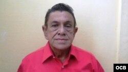1800 Online, desde Baracoa, con Arturo Feliciano Acosta Guillén, miembro de la Comisión de DDHH y Reconciliacion Nacional.