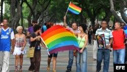 Activistas independientes cubanos celebran marcha por el Día del Orgullo Gay el 28 de junio del 2011, en La Habana.