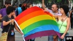 Cuba al día aborda el tema de los asesinatos a homosexuales en Cuba