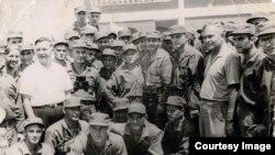 Raúl Castro en las unidades militares y maniobras con los soviéticos