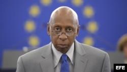 Autoridades policiales obligan a Guillermo Fariñas regresar a Santa Clara