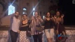 Arrestados artistas y activistas cubanos en festival independiente de poesía