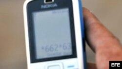 Denuncian corte de servicio a celulares de activistas cubanos