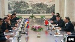Los cancilleres de Chile y Venezuela y un viceministro cubano viajaron en representación de la CELAC a Pekín.