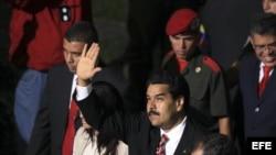 Nicolás Maduro a su llegada hoy, viernes 8 de marzo de 2013, a la Asamblea Nacional, en Caracas, para tomar juramento como presidente encargado de Venezuela, tres días después de la muerte del jefe de Estado, Hugo Chávez