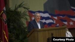 Raúl Castro en el VII Congreso del PCC.