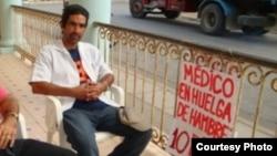 Jeovany Jiménez Vega, médico en huelga de hambre