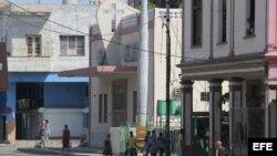 Vista de la iglesia pentecostal en La Habana (Cuba) hoy, lunes 12 de septiembre de 2011, donde un pastor evangélico realiza un encierro voluntario junto a más de 60 personas desde hace tres semanas. EFE/ Rolando Pujol