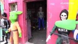Piñatas del Chapo Guzmán y la actriz Kate del Castillo