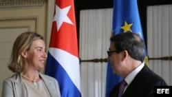 La Alta Representante de la Unión Europea en Política Exterior, Federica Mogherini, junto al canciller cubano Bruno Rodríguez.