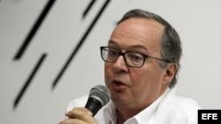 El embajador de Brasil en Cuba, Cesário Melantonio Neto, habla durante una rueda de prensa el jueves en la Feria Internacional de La Habana.