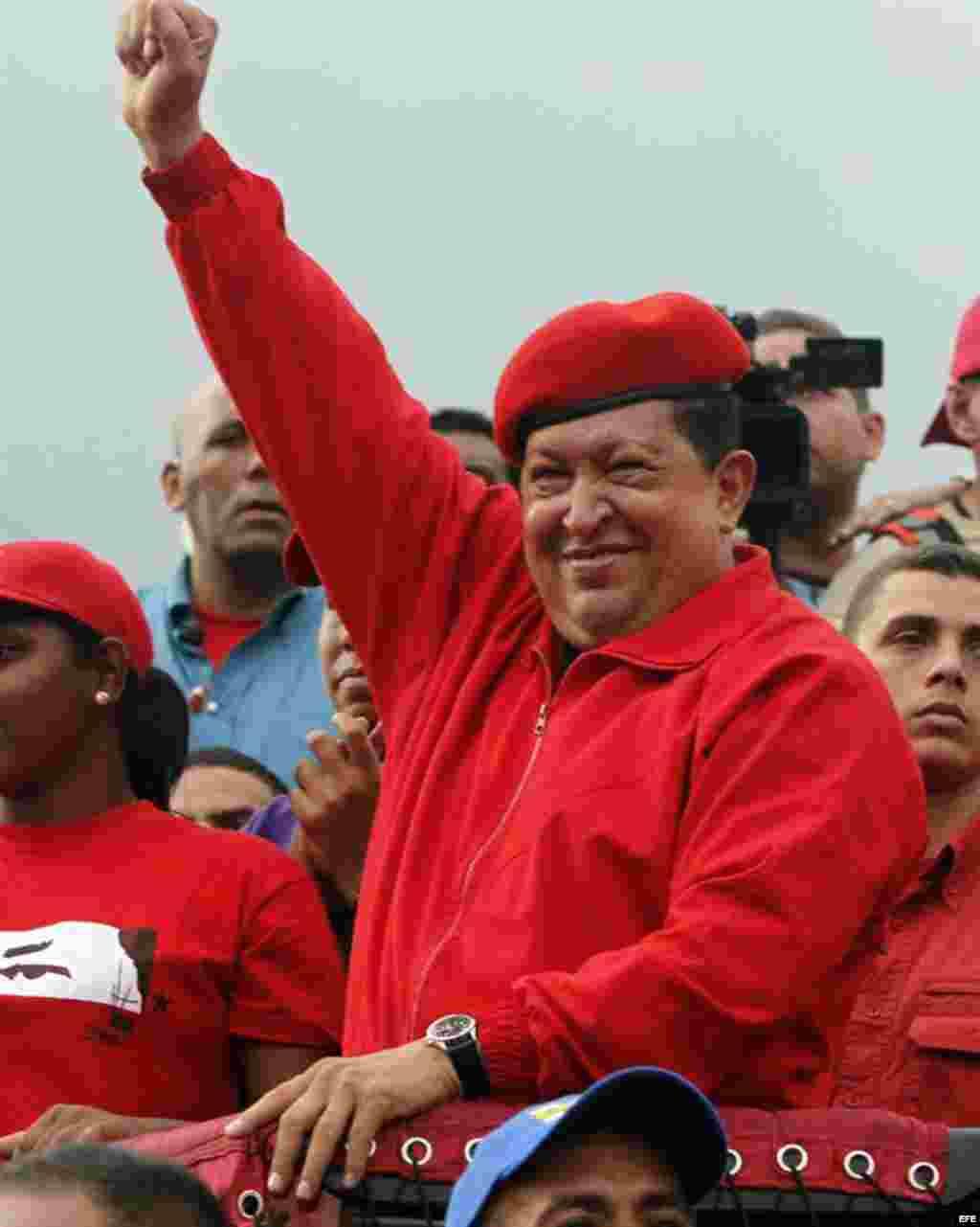 Hugo Chávez durante una caravana electoral en San Juan de los Morros, Venezuela el 18 de julio del 2012