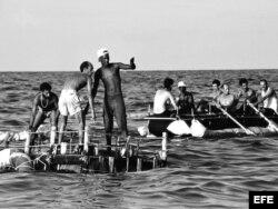 """""""La regata"""", fotografía del historiador de arte y curador Willy Castellanos. Agosto, 1994."""