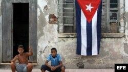 Niños cubanos no asisten a clases por escuela cerrada