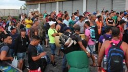 Fue difícil armar el primer vuelo de cubanos del puente aéreo
