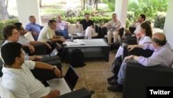 Encuentro de delegados y asesores de Gobierno y FARC-EP en La Habana. (Twitter)