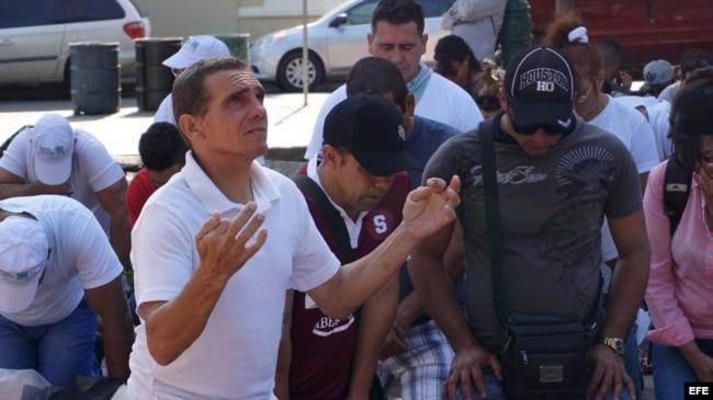 Cubanos varados en México recordaron durante la manifestación que salieron de la isla en busca de libertad.