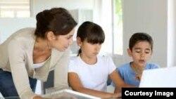 La presencia de la nueva tecnología no ha llegado de lleno a la educación.