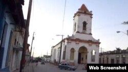 Reporta Cuba. Iglesia de Santa Ana, en Camagüey, a la que los activistas asisten a misa los domingos y luego realizan una marcha por la ciudad.