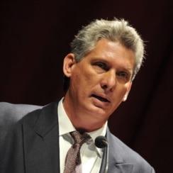Miguel Díaz-Canel vicepresidente del Consejo de Ministros.