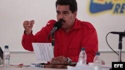 Maduro acusa a medios de comunicación en Venezuela