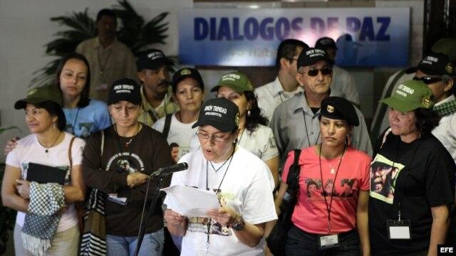 Miembros de la delegación de la guerrilla comunista de las FARC en La Habana