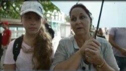 Habaneros expresan su dolor por accidente aéreo en Cuba